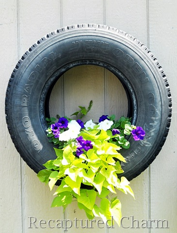 shed tires with flowers 016a[10] (365x480, 70Kb)