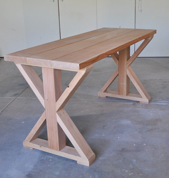 table-before-stain (556x587, 66Kb)