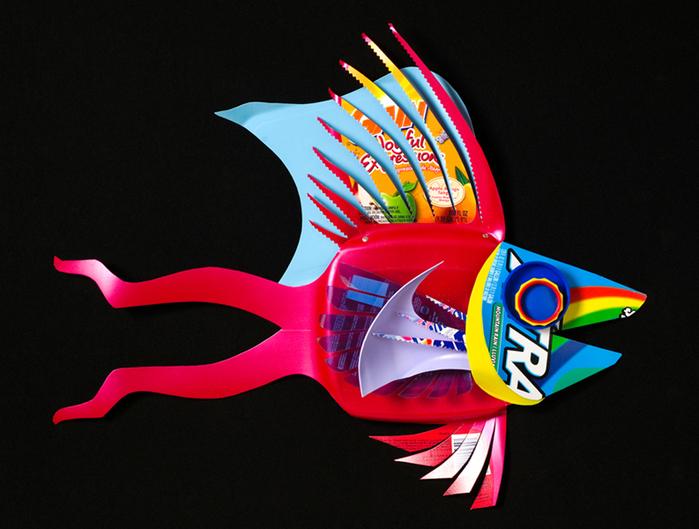 David Edgar пластиковые рыбы (700x529, 290Kb)
