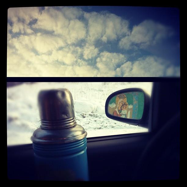 871 По дороге в н-ск остановились чай попить... В зеркале отражение остановки) (612x612, 59Kb)
