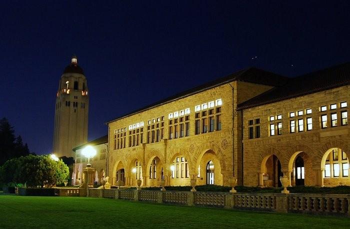 Стэнфордский университет - самый красивый университет в США 8 (700x459, 68Kb)