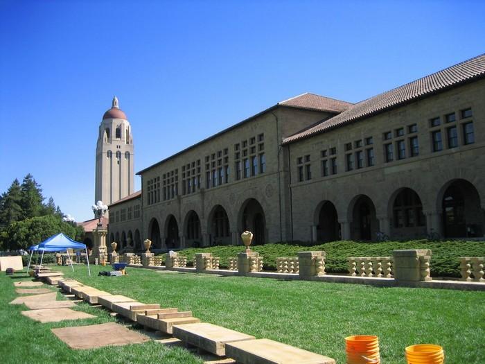 Стэнфордский университет - самый красивый университет в США 21 (700x525, 101Kb)