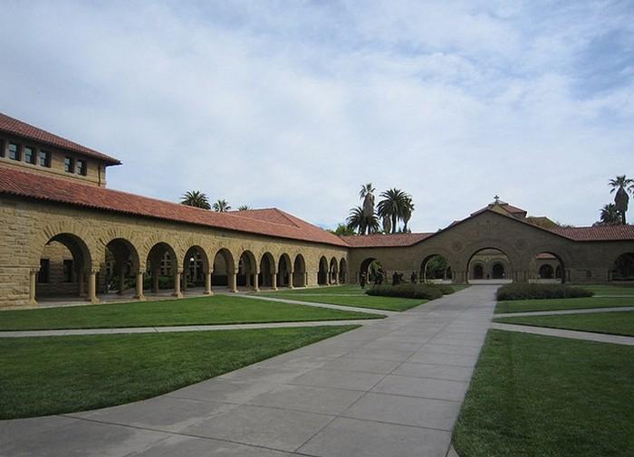 Стэнфордский университет - самый красивый университет в США 25 (700x505, 76Kb)