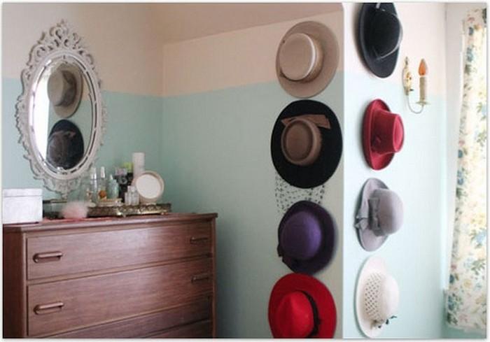 Настенный декор интерьера с помощью шляп 2 (700x489, 62Kb)