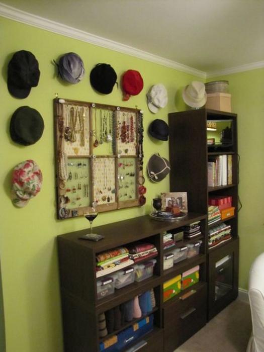 Настенный декор интерьера с помощью шляп 8 (525x700, 305Kb)