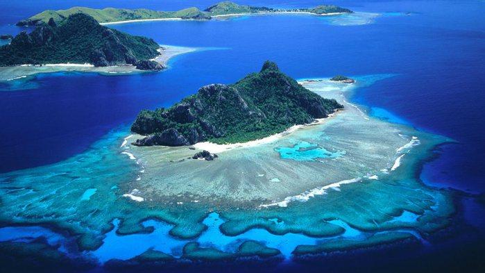 Острова Мону и Монукири (700x393, 56Kb)