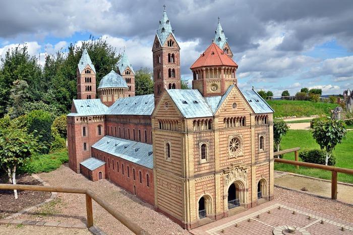 Парк миниатюр в Германии - Miniwelt Lichtenstein, Sachsen. 84520