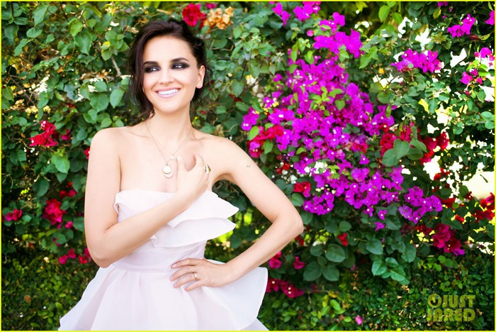 rachael-leigh-cook-photo-shoot-justjared-exclusive-09 (700x468, 140Kb)