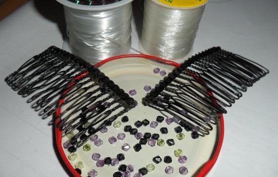 гребенки для волос 2 шт бисер