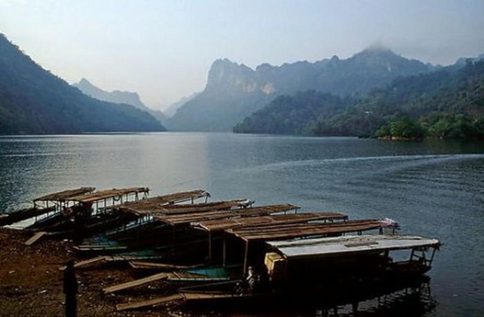 Достопримечательности Вьетнама - озера Ба Бе 3 (700x459, 64Kb)