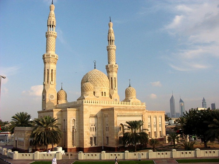 Мечеть Джумейра - жемчужина Дубай 2 (700x525, 93Kb)