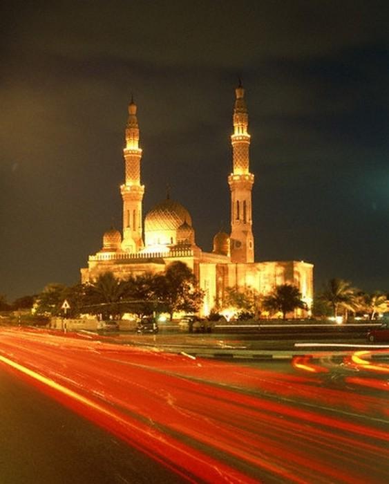 Мечеть Джумейра - жемчужина Дубай 12 (563x700, 75Kb)