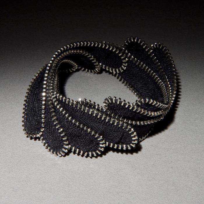 KC613.cusack.laurel.bracelet (700x700, 150Kb)