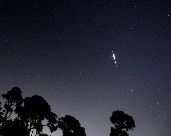 метеоритный поток9 (700x560, 28Kb)