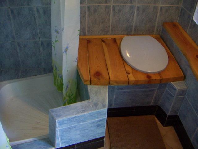 Как сделать туалет в доме с
