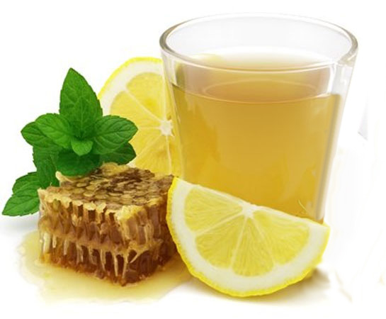 ...чайную ложку меда и дольку лимона.  Этот напиток включает в себя три...