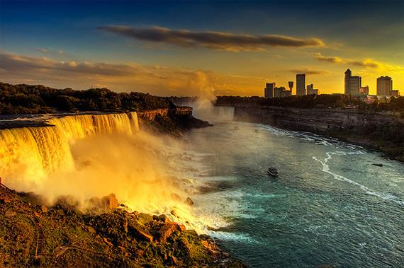 Ниагарский водопад (570x379, 102Kb)