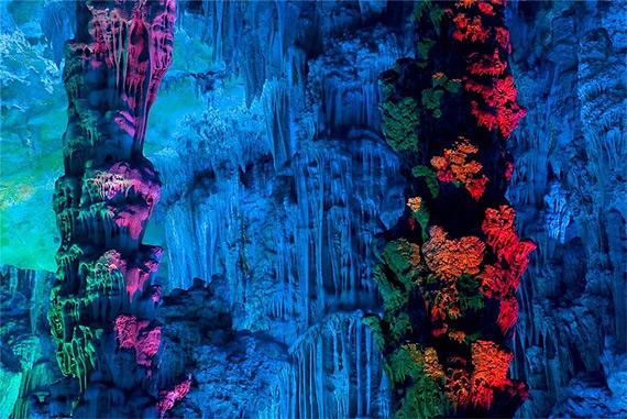 карстовая пещера (570x381, 131Kb)