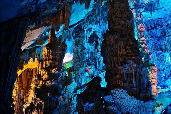 карстовая пещера8 (570x379, 144Kb)