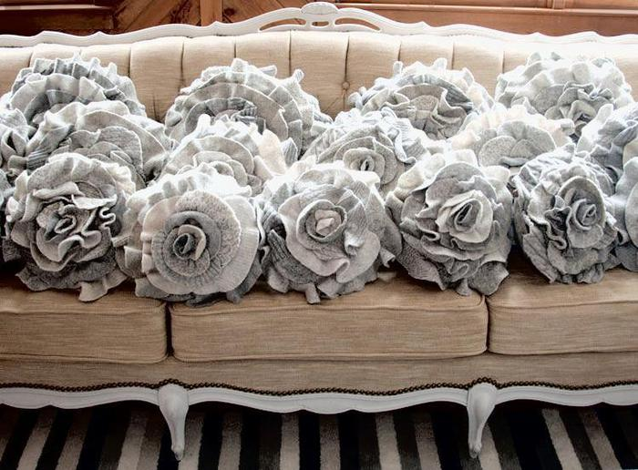 pillow-rose-12 (700x516, 74Kb)