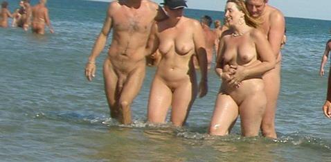 Секс на нудистких пляжах кап дага фото 664-56