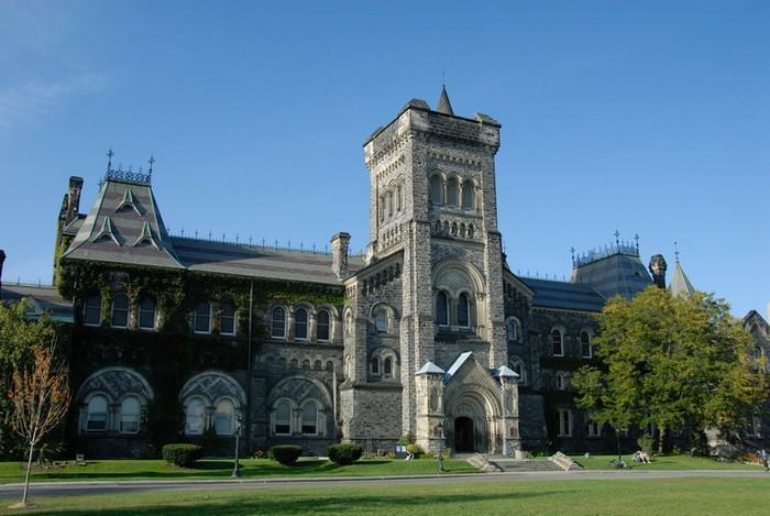 Фото-путешествие в Университет Торонто 15 (700x469, 101Kb)