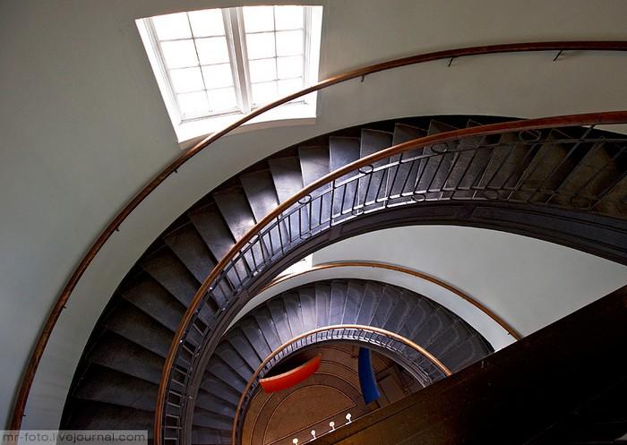 Фото-путешествие в Университет Торонто 19 (700x497, 87Kb)