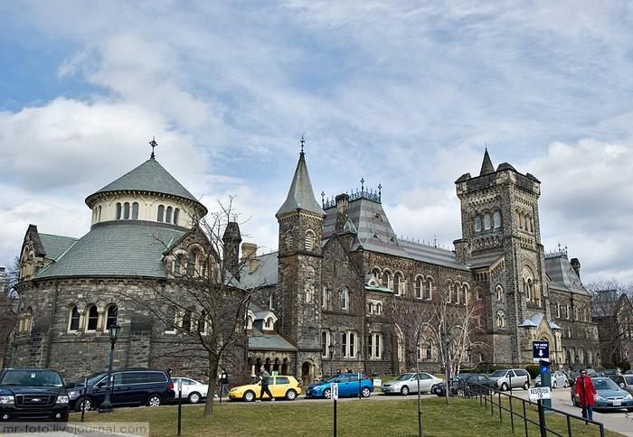 Фото-путешествие в Университет Торонто 21 (700x484, 117Kb)