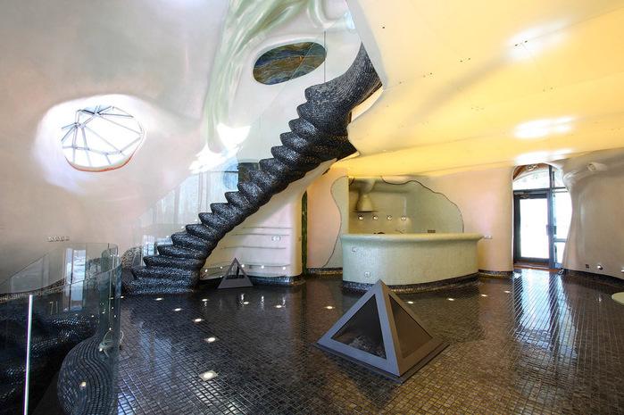дом-ракушка в россии фото 1 (700x465, 131Kb)
