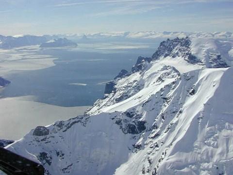 Город Упернавик в Гренландии - фотогалерея на сайте Saga.ua/3241858_groenland (480x360, 40Kb)