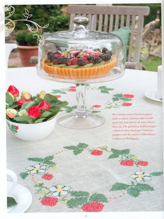 вышивка венок из ягод (524x700, 149Kb)