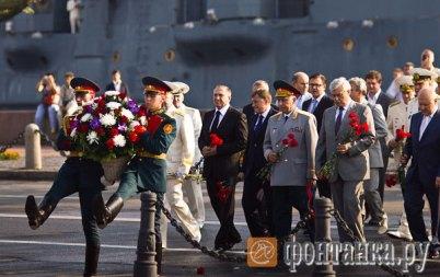 День ВМФ в Питере (402x253, 31Kb)
