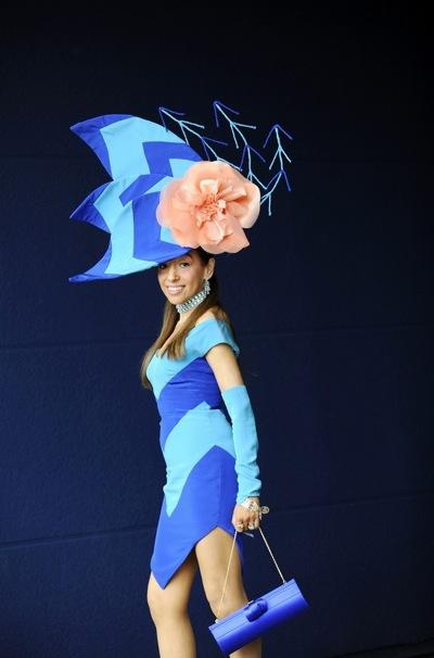 royal_ascot_hats_parade41 (400x606, 48Kb)
