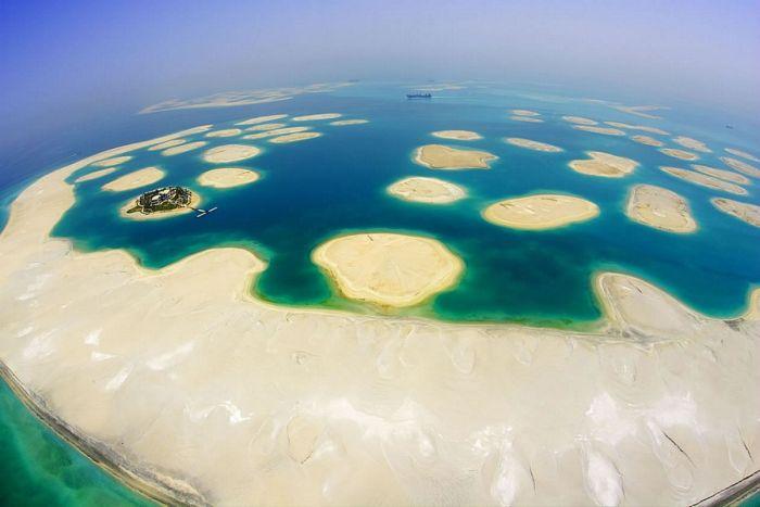искусственные острова фото 1 (700x467, 37Kb)