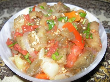 1307361480_39-recept-salat-iz-zapechennyx-ovoshhej (450x337, 72Kb)