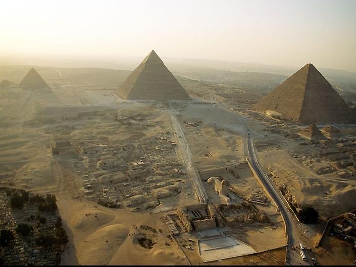 пирамиды Гиза (694x520, 49Kb)