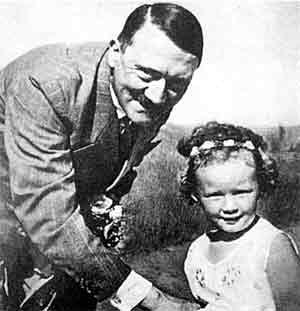 Адольф любил детей