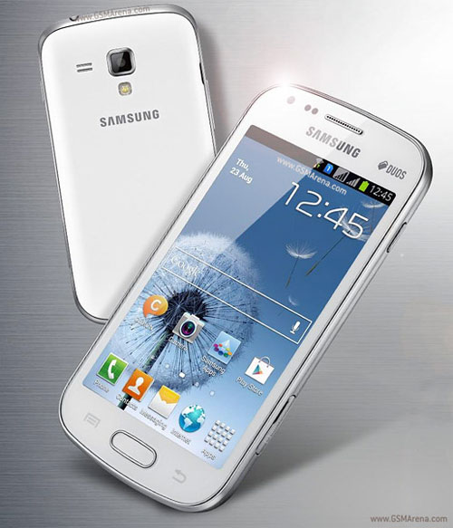 4061723_otovitsya_smartfon_samsung_galaxy_s_duos_0 (500x583, 53Kb)