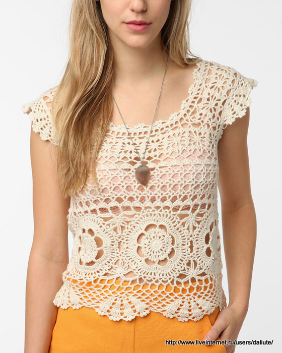 Crochet Top Pattern : Crochetpedia: Crochet Womens Wear Feminine Top