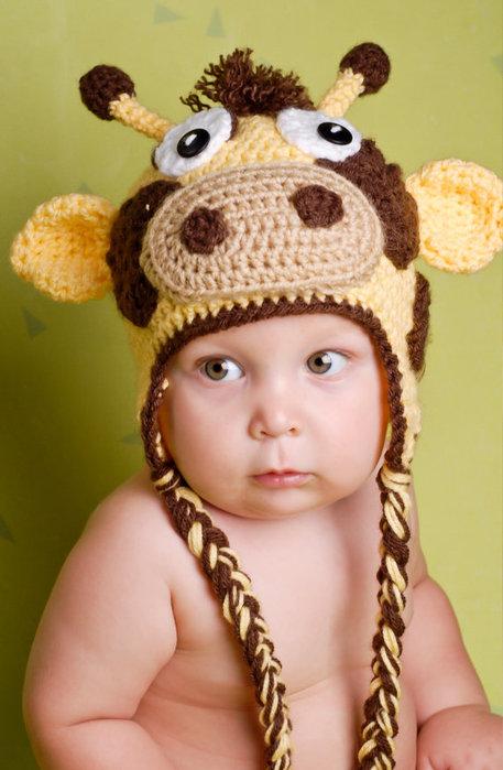 Детские вязанные шапочки для малышей.  Схема для вязания крючком.  Чтобы сделать оригинальные фото вашего малыша...