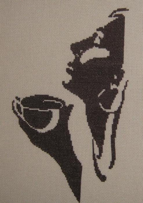 Проект Девушка с кофе uljana Сколько-крестиков.ру, вышивка крестом.