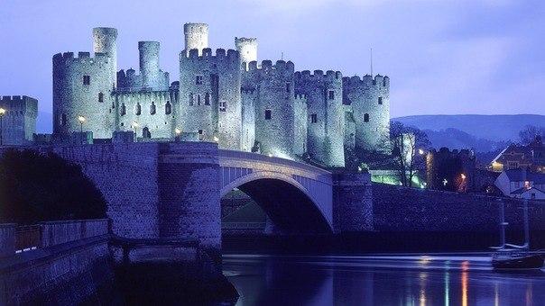 Замок Бодиам (Англия)