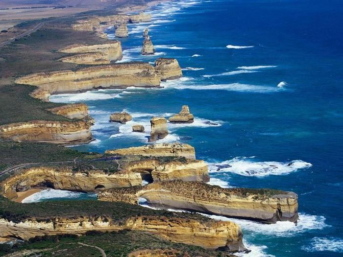 Лучшие достопримечательности Австралии - Великая океанская дорога и 12 апостолов Виктории 2 (700x525, 138Kb)