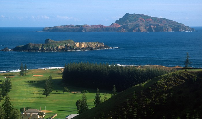 Лучшие достопримечательности Австралии - Остров Филлип 1 (700x414, 74Kb)