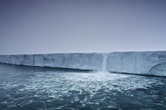 Свальбард1 (700x463, 66Kb)