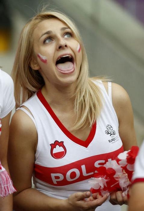 blonde_polish_girl_euro_2012 (478x700, 197Kb)