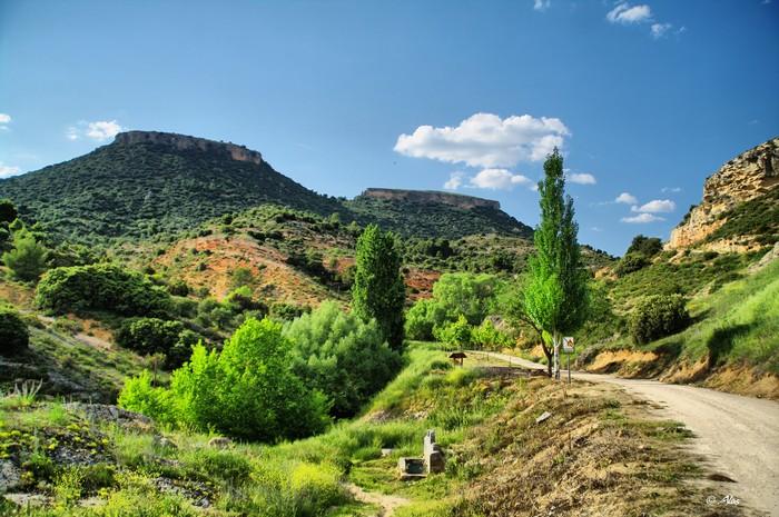 Живописные фото Испании 5 (700x465, 126Kb)