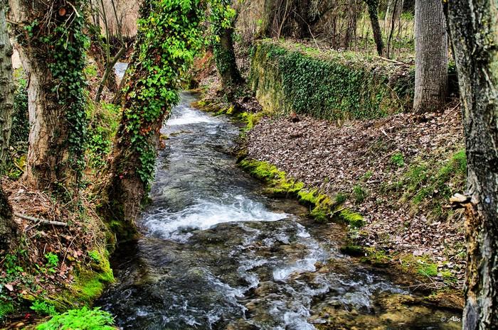 Живописные фото Испании 25 (700x465, 208Kb)