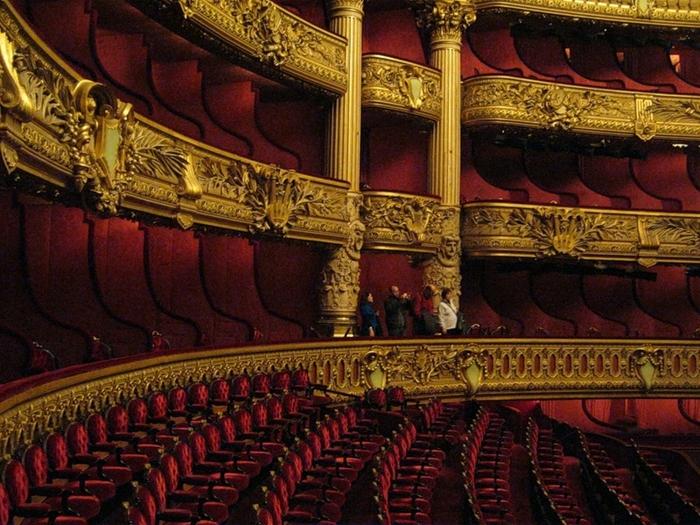 grand opera-2 (700x525, 337Kb)