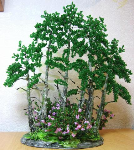Ма-ша. дерево объёмное. зелёный.  0. 331. бусина стеклянная. низание.